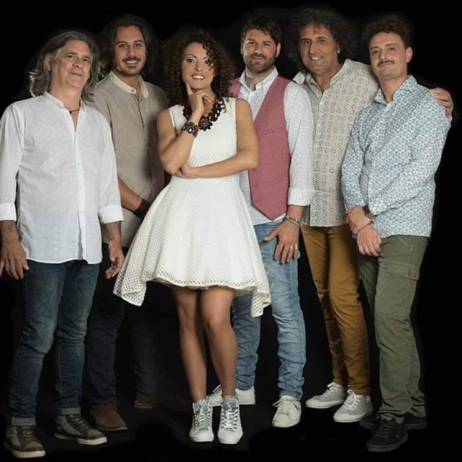 """Clip Video """"Alla Bua"""" in concerto a Caprarica di Lecce per la Festa Te La Uliata 2019"""